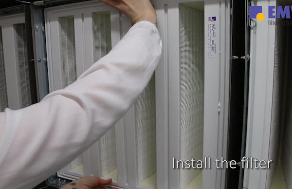 assets/videos/Install the Filter.jpgInstallation Compact Filter